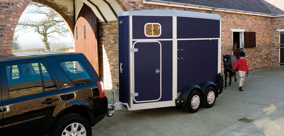 HB403 Ifor Williams Horse Box, Westwood New Trailers, Blue