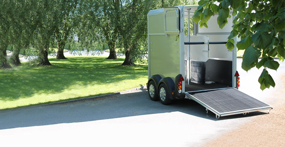 HB403 Ifor Williams Horse Box, Westwood New Trailers