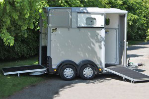 HB506 Ifor Williams Horsebox, Westwood New Trailers,