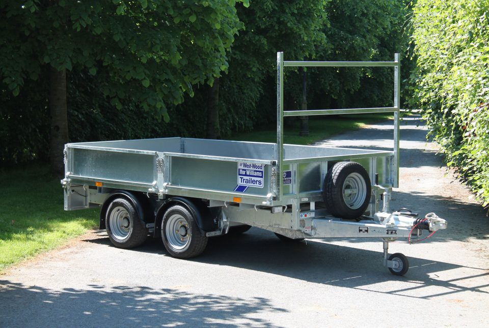 LM125 Ifor Williams Flatbed, Westwood New Trailers,
