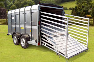 TA510 Ifor Williams Livestock, Westwood New Trailers, 12-X-7-TRI-AXLE