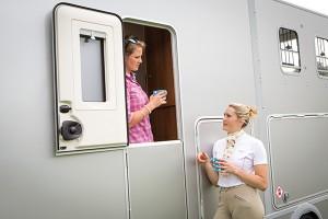 Chatting with Door Split