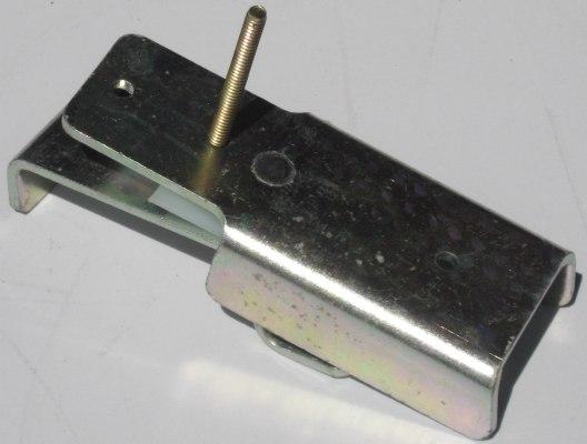Bracket Deck Retainer RHS c/w Slider / Spacer
