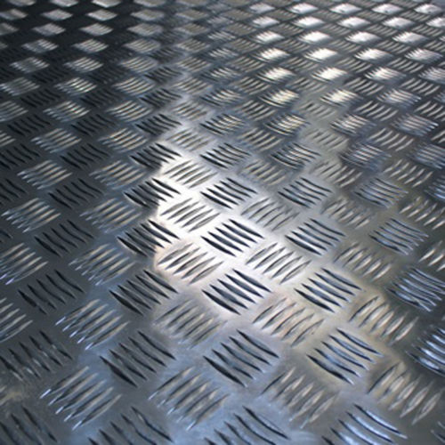 Checker Alum Sheet - 1960mm x 3600mm x 2mm DP / LM 12'